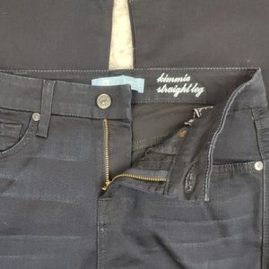 7 for All Mankind Kimmie Straight Leg Size 26